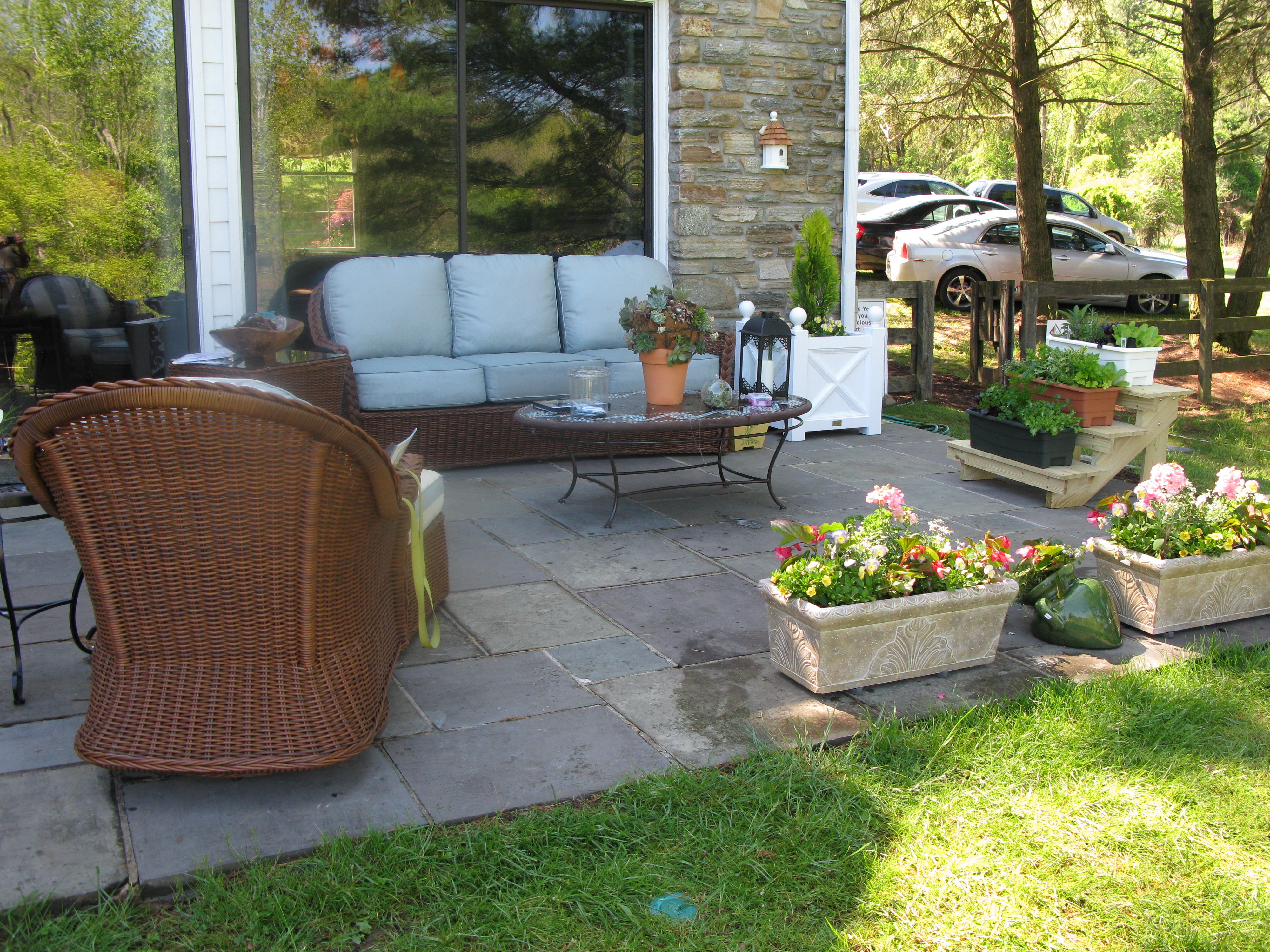 Transforming A Patio U2013 An Outdoor Living Space That Looks Like Home U2013 The  Garden Diaries